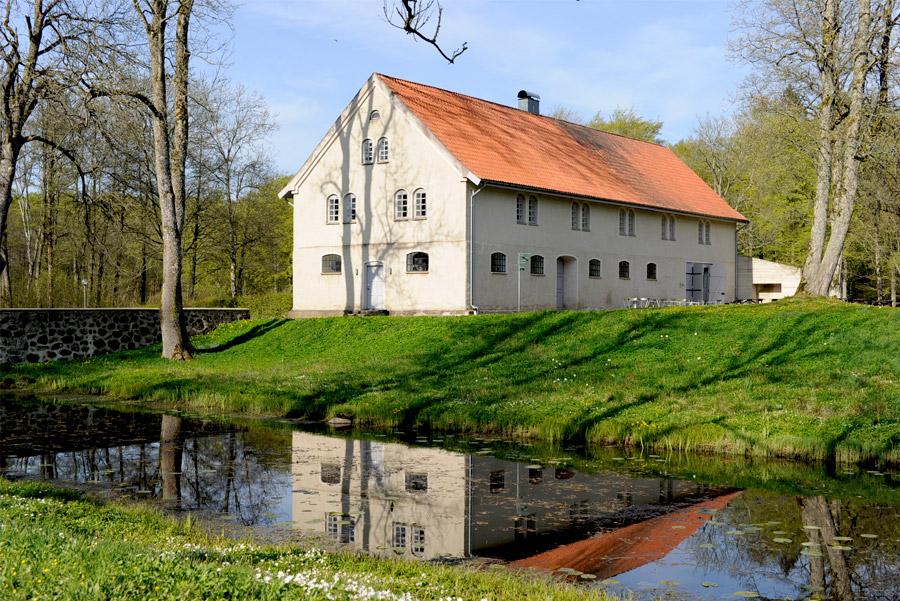 Påsk och konstutställning på Kronovalls Slott